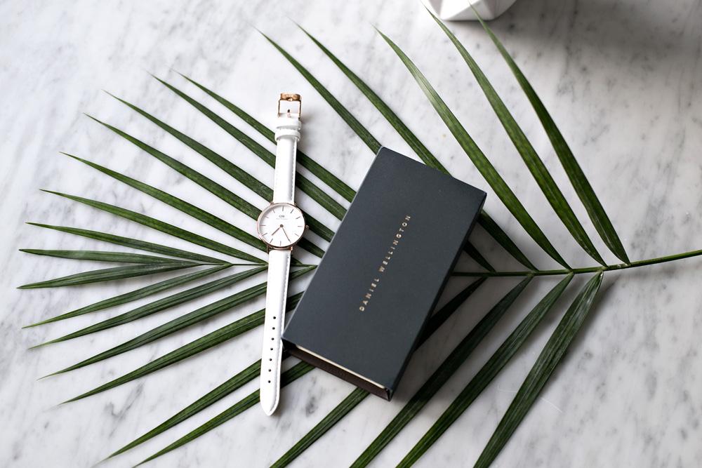 15% rabatu na zegarki DW kod: lifestyleinspiracje ważny do 15.09.2017 r.
