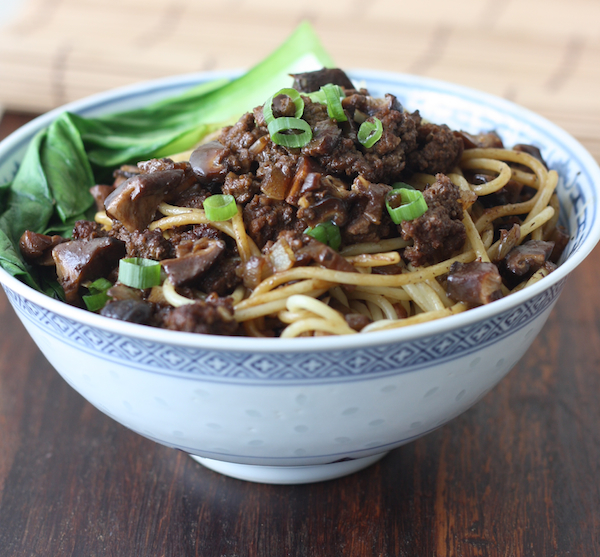 Taiwanese Minced Meat Noodles recipe by SeasonWithSpice.com