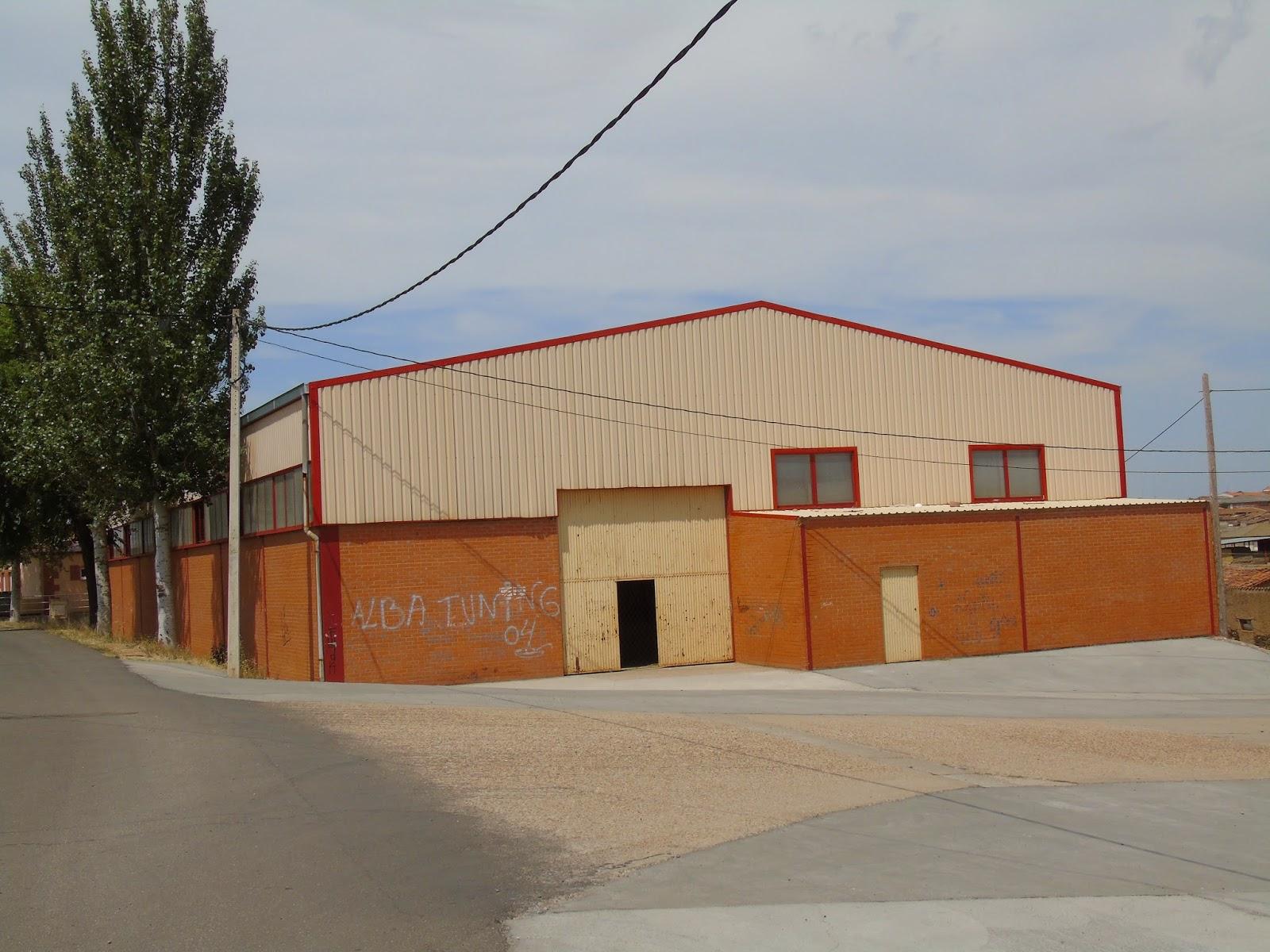 Pabellón deportivo de Andavías