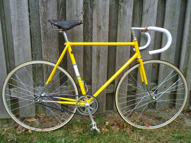 John\'s Bicycle Restorations: Ray\'s 1973 Schwinn Paramount Track Bike ...