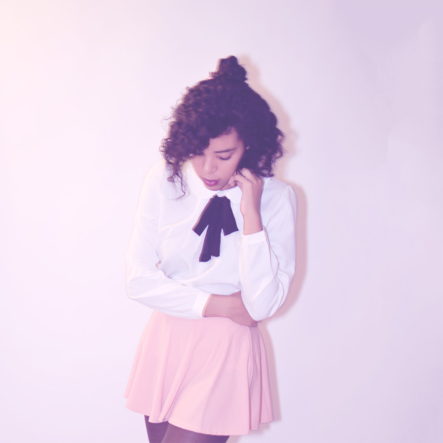 Blipster Indie Fashion Blogger Anais Alexandre of Down to Stars in a cream front tie top and pink skirt