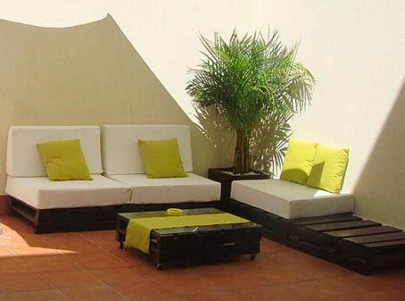 Decorar patios muebles originales con palets hazlo tu Muebles hechos con estibas
