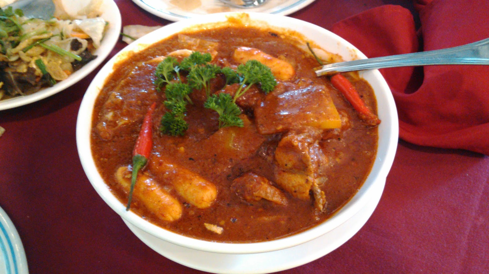 Food blog eurasian food culture chicken vindaloo is one of eurasians dishes sugee cake is one of eurasian desserts recipes devils curry forumfinder Choice Image