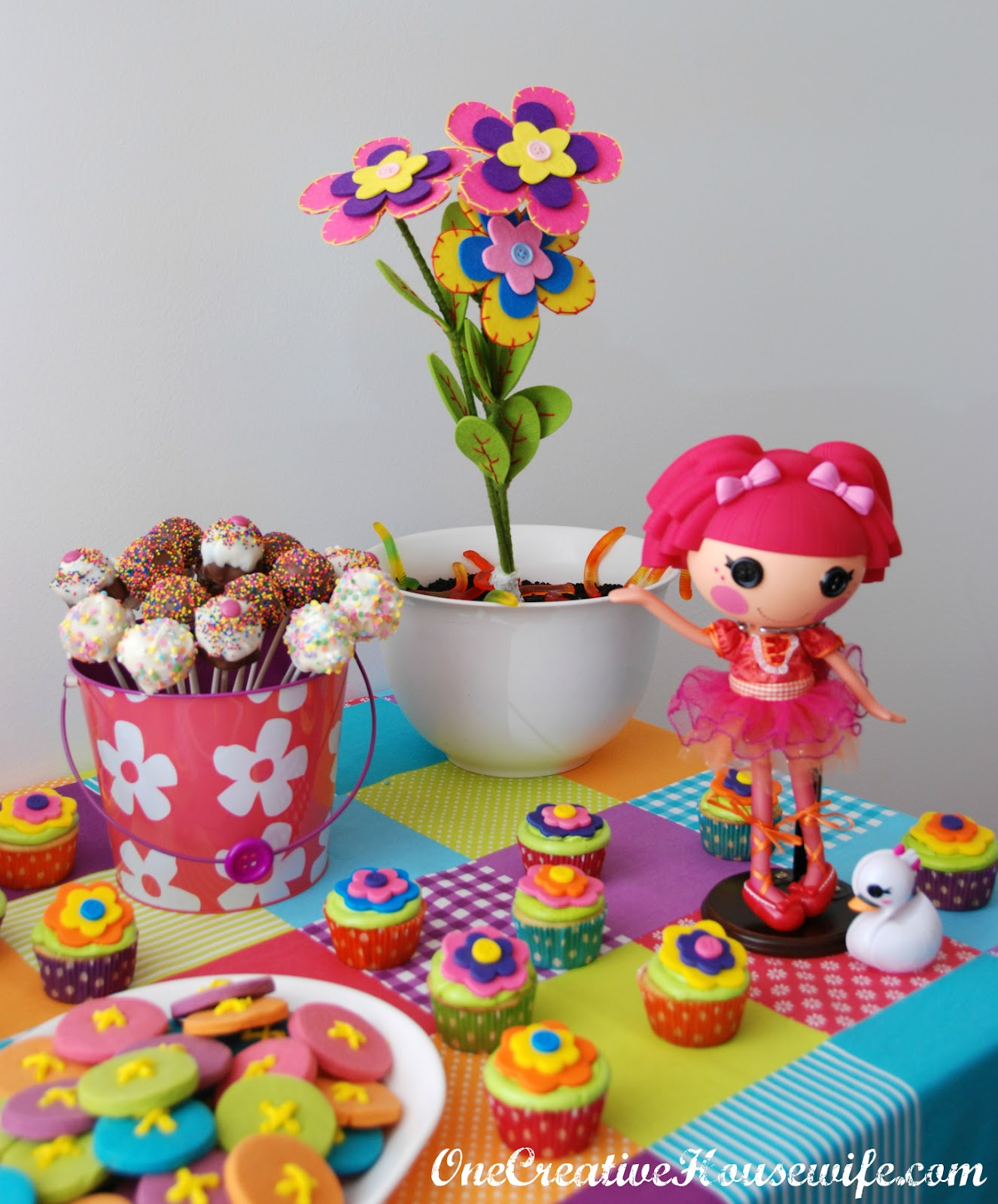 e Creative Housewife Lalaloopsy Birthday Party