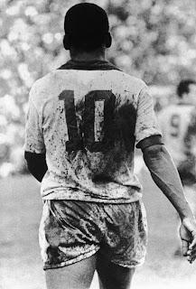 Debate : O futebol de antigamente era melhor do que o atual?