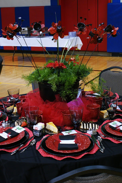 Dimples and tangles spring luncheon stage table
