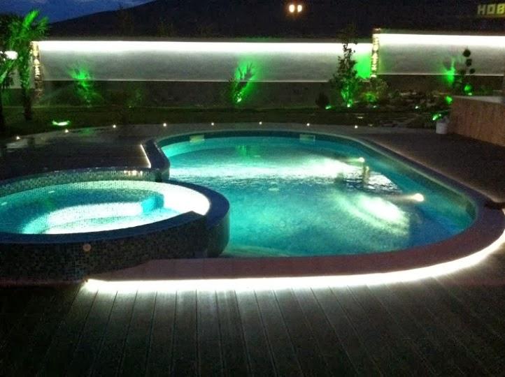 Басейн нощно осветление 1