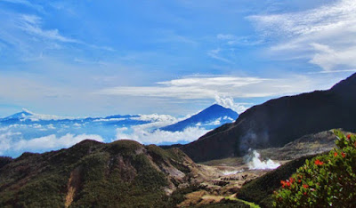 Rental ELF Gunung Papandayan