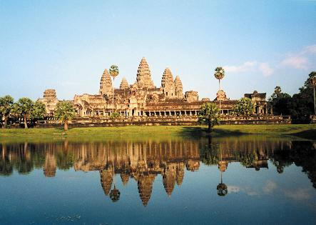Holiday Fans travel the World RTW -family activities Budget Travel History of Siem Reap