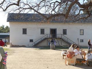sutters fort building