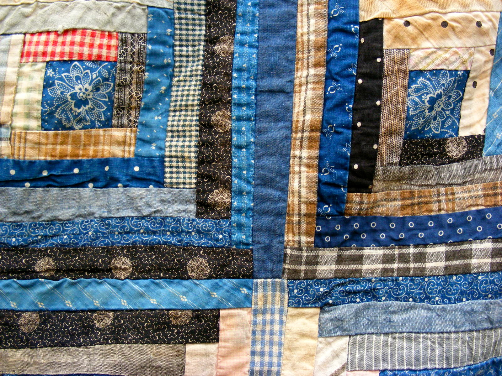 Beau Can You Recognize Anything Special About This Log Cabin? A Log Cabin Is A  Very Traditional Block...I Wonder It You Can Spot Where This Quilt Maker  Did Her ...