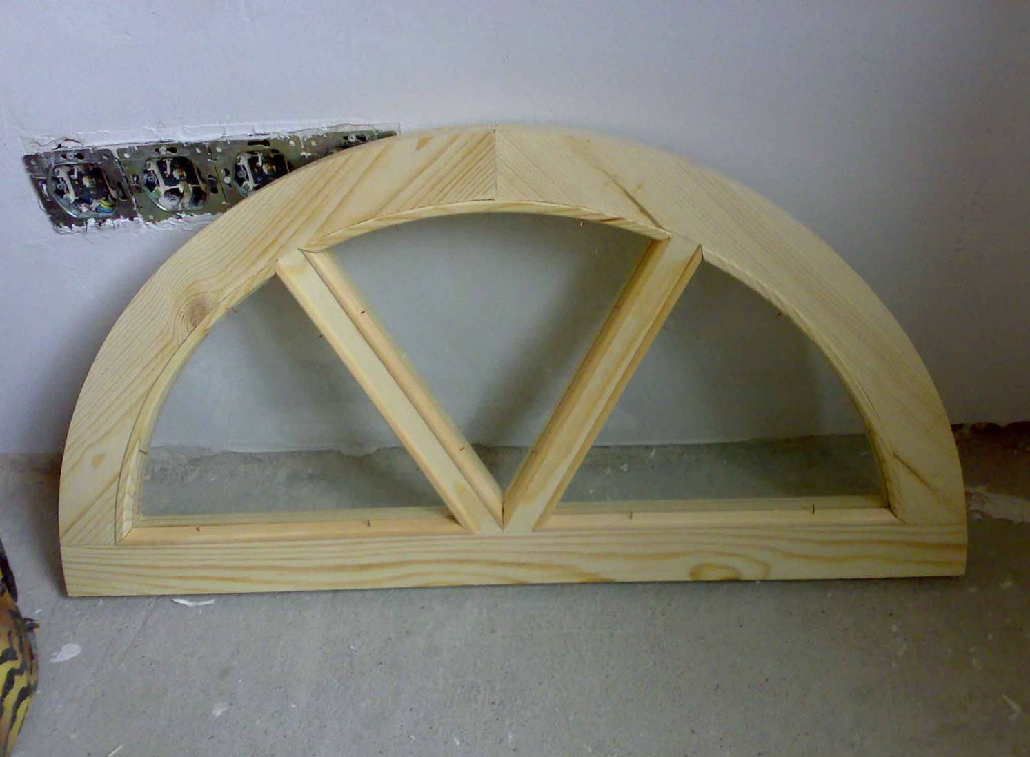 Window door photo arched square round transom windows for Transom windows