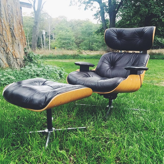 #thriftscorethursday Week 84   Instagram user: watassa shows off this Selig Chair and Ottoman