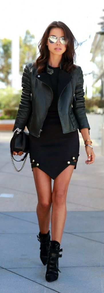 Just A Pretty Style Street Fashion In Black And Mirror Sunglasses