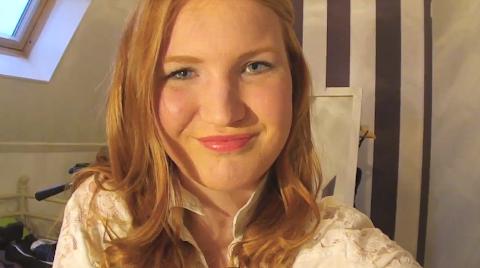 Valentijnslook Make-up+Haar+Kleding