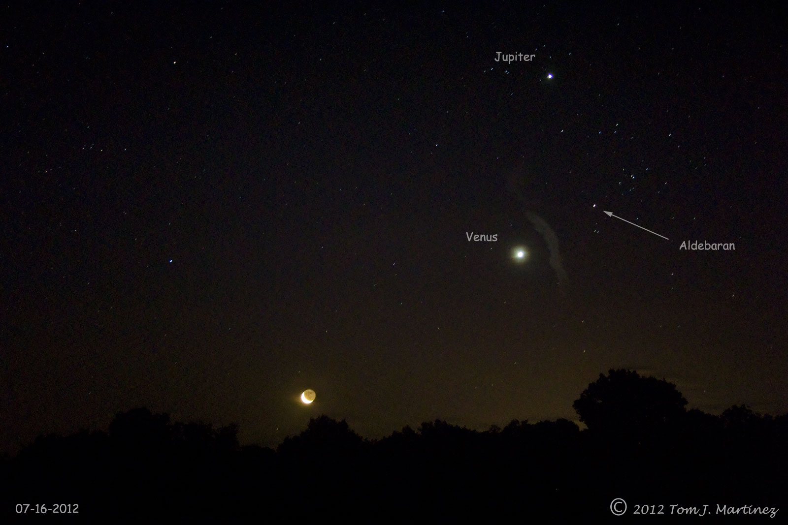 how does venus have moons - photo #16