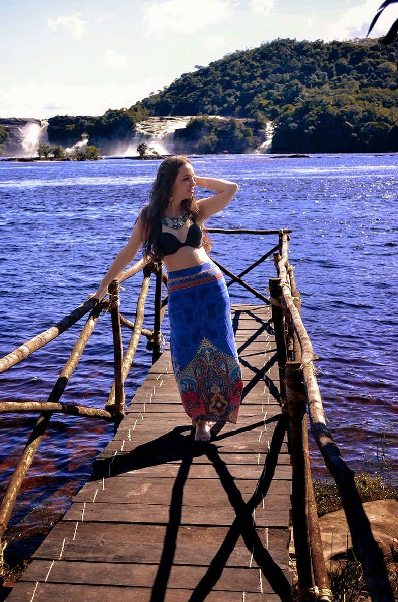 hey vicky hey, victoria suarez, canaima, blogger, jungle
