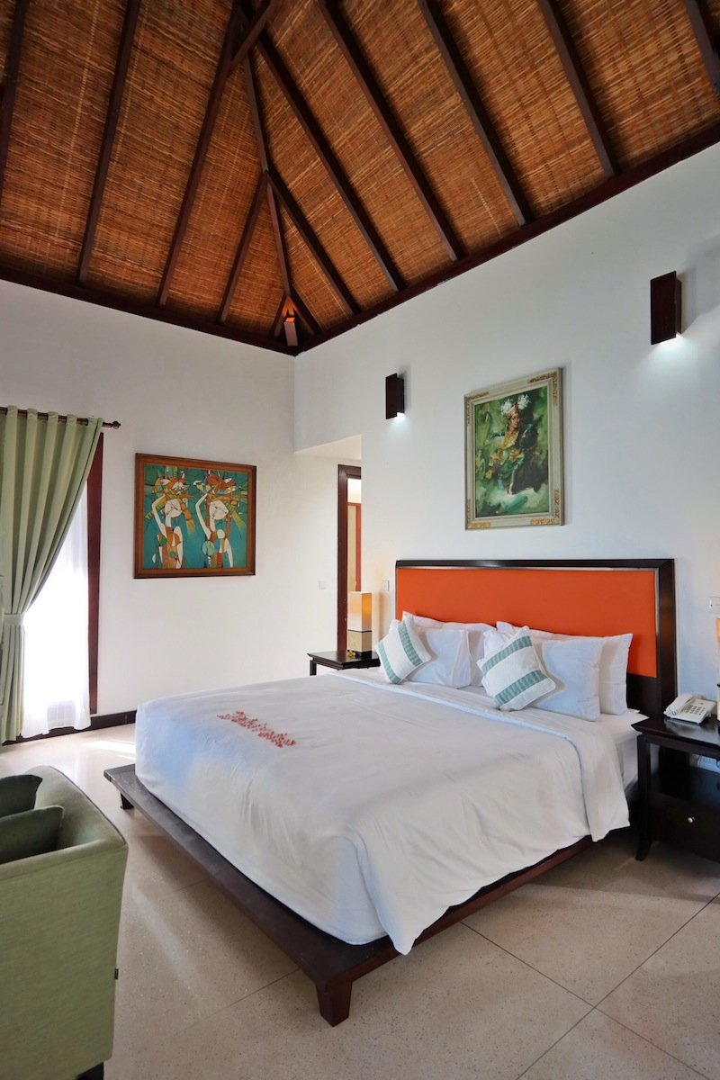 Lembeh Hills Resort room