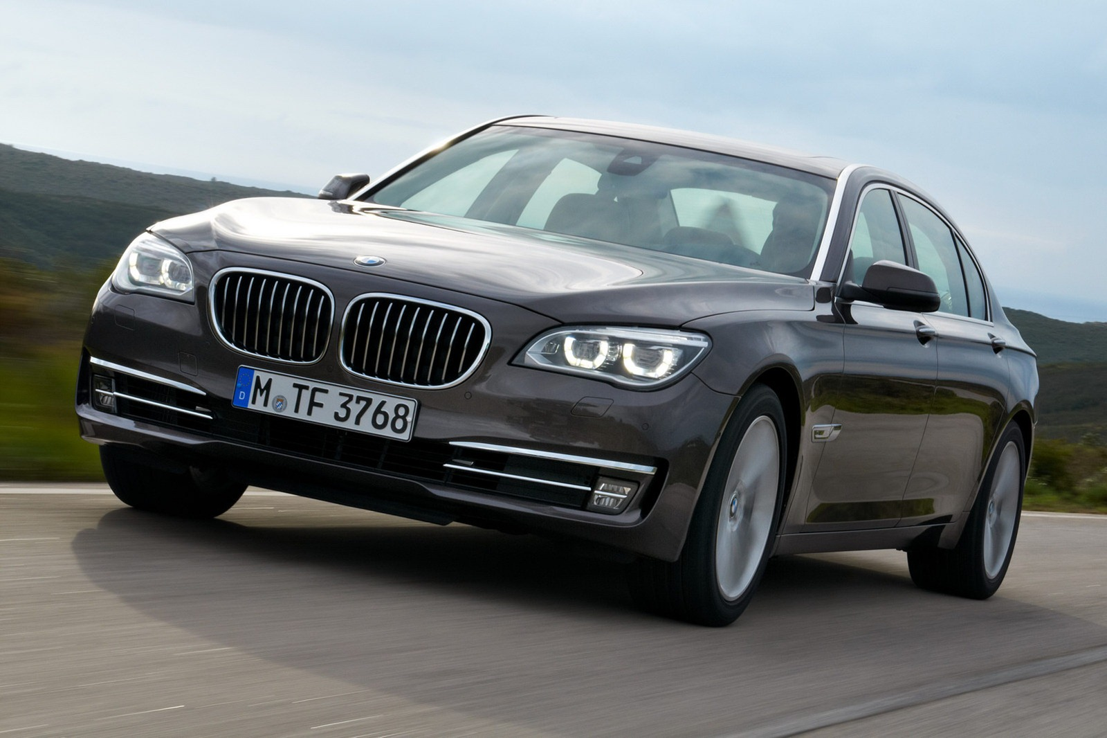 Town country bmw mini markham blog this just in official 2013 bmw 7 series lci facelift
