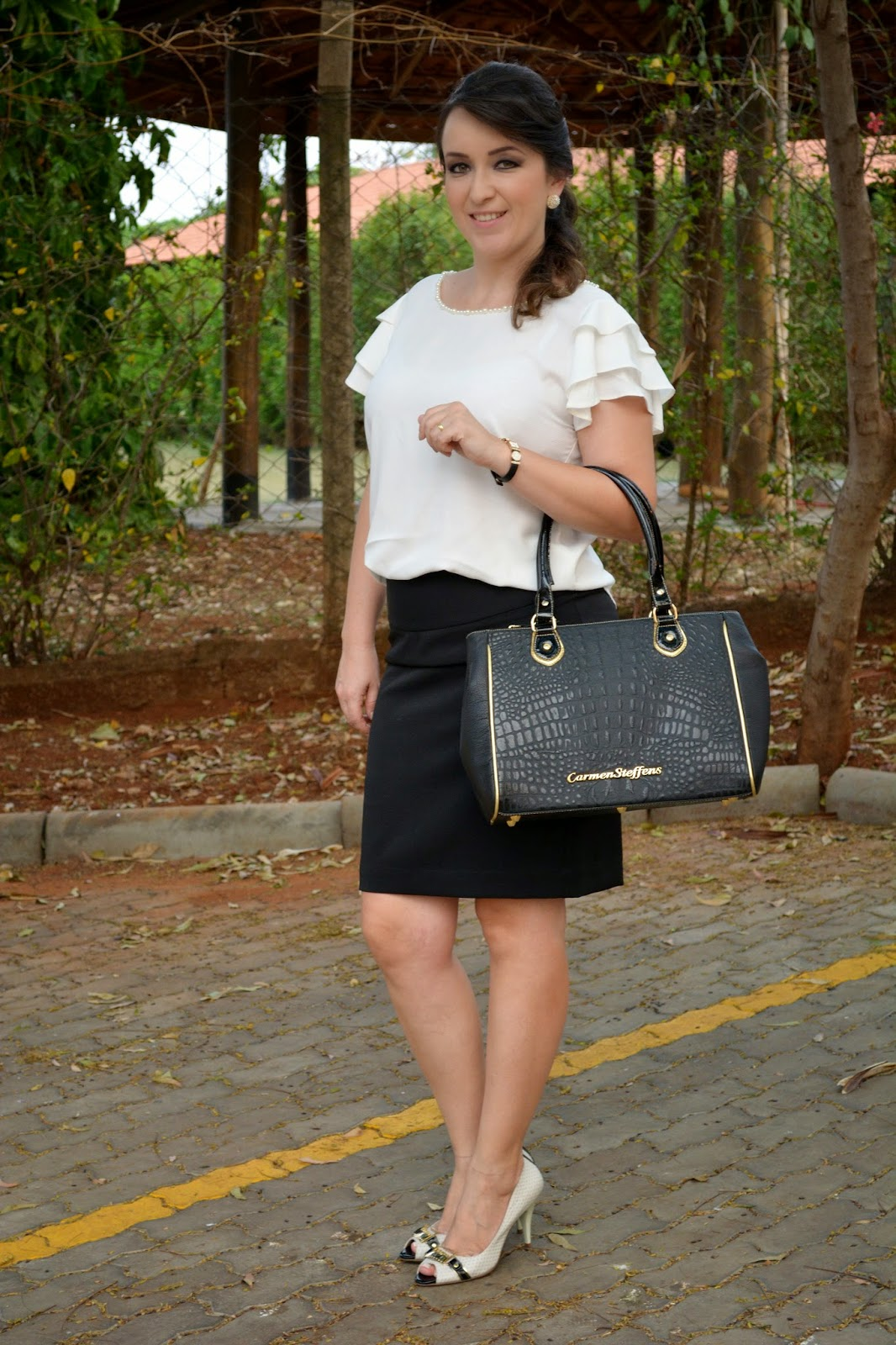 sapato preto branco, look preto branco, look para trabalho, pérolas, look casual, acessórios de moda, bolsas carmen steffens, blog camila andrade, blog de moda de ribeirão preto