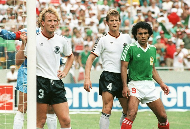 Mundialistas y mitos karl heinz f rster for Ditmar jakobs