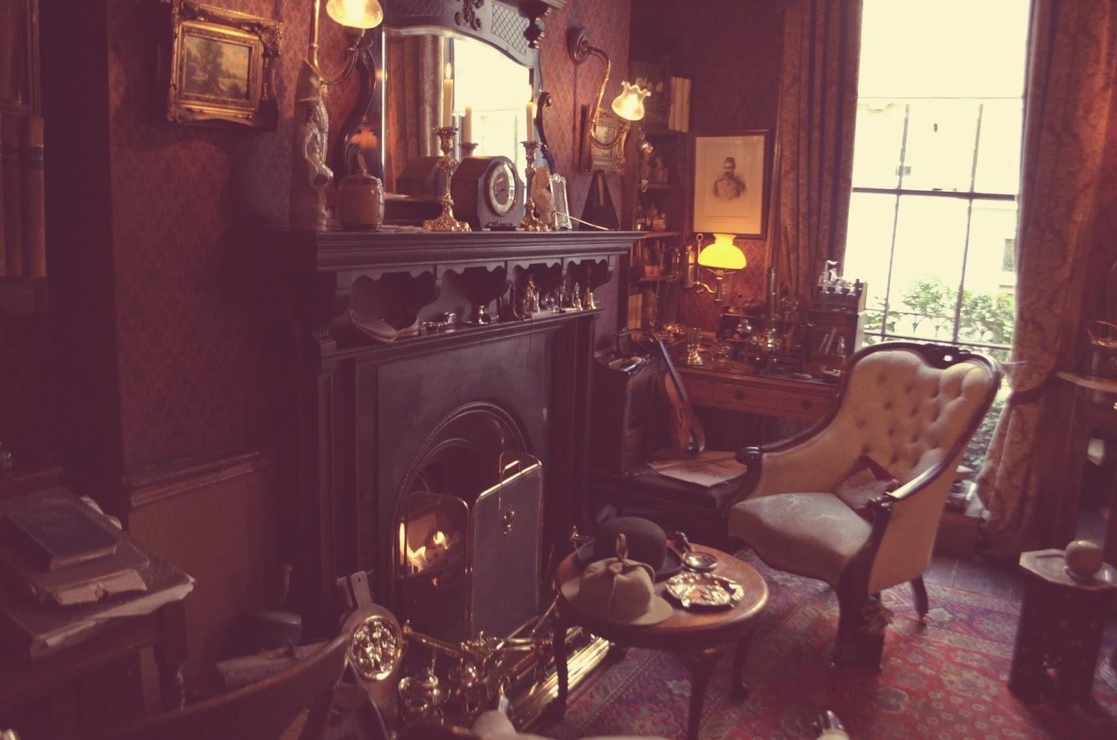 Sherlock Holmes Museum Waste