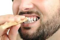 Bangun Tidur Menggosok Gigi Bagi Orang Puasa