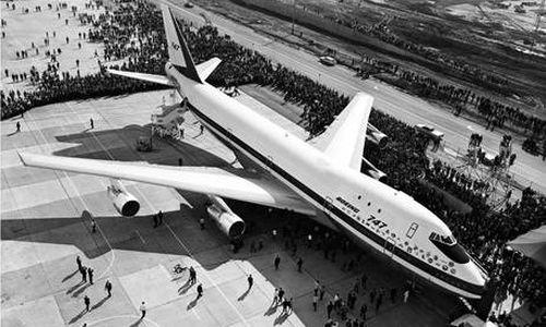 first passenger airplane