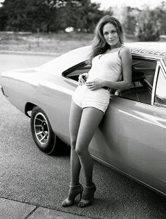 Vintage Classic Cars & sexy Girls