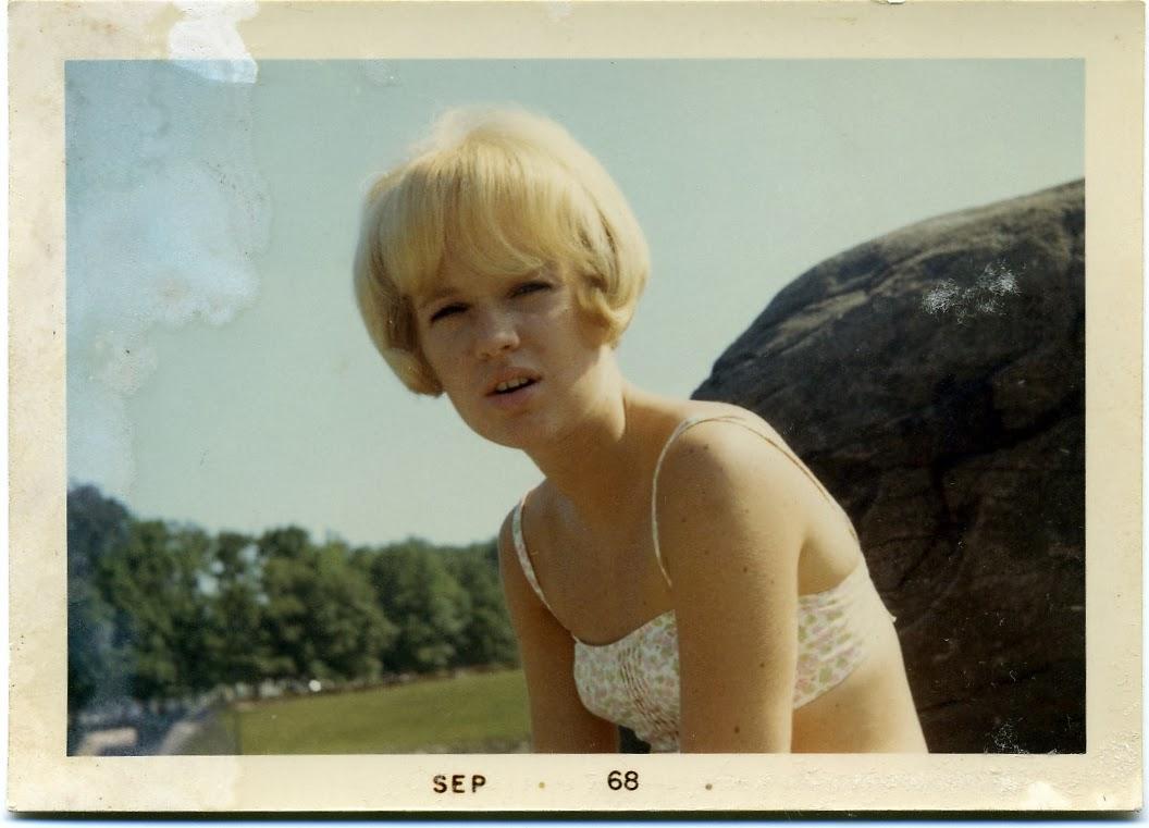 My Pretty Baby Cried She Was a Bird: Photo Friday: September 1968 ...: shewasabird.blogspot.com/2014/01/photo-friday-september-1968...