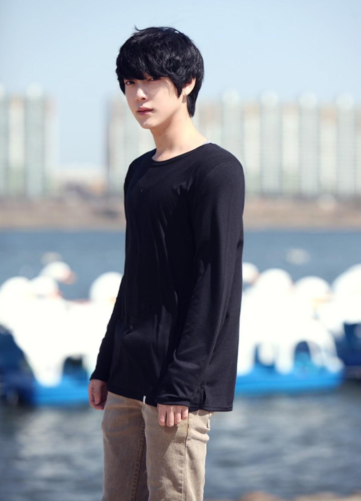 「Supreme (K)」 ━ (Kim Hyun Bin) ━ (B-Mad) ━ (Lead rapper ...