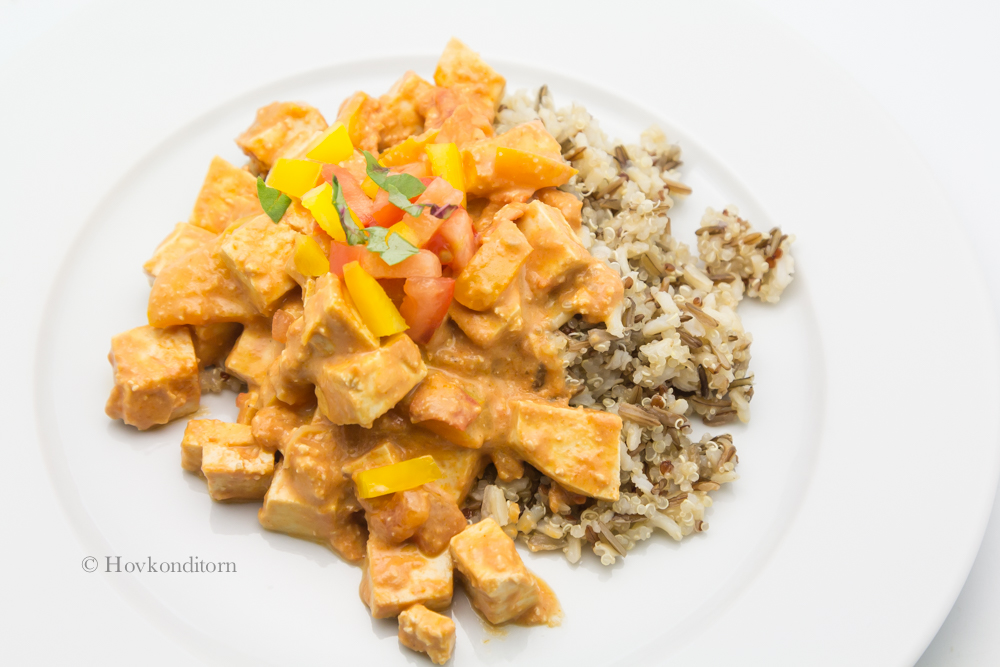 Tofu Stroganoff with tomato and bell pepper