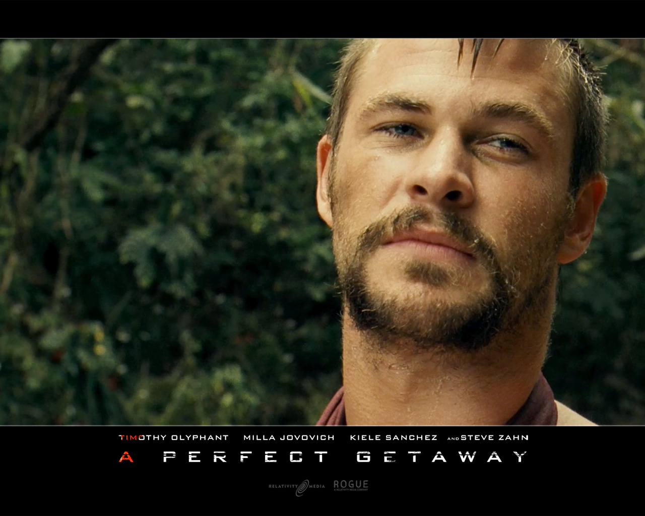 http://4.bp.blogspot.com/-mojjk63drxQ/TcFzQoSqrSI/AAAAAAAAF2k/ziXm15UYd5E/s1600/Chris_Hemsworth_in_A_Perfect_Getaway_Wallpaper_3_800.jpg