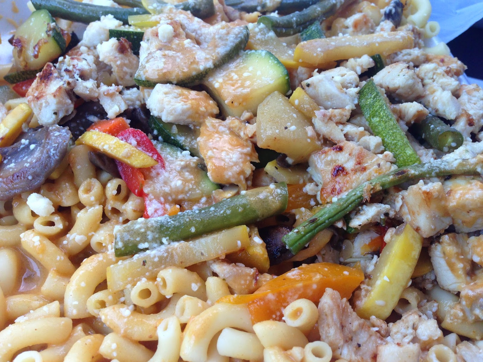 green chile smoked cheddar pasta w grilled chicken lime chile