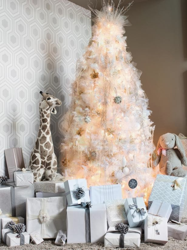 Modern furniture artificial christmas trees 2014 ideas - White christmas tree themes ...