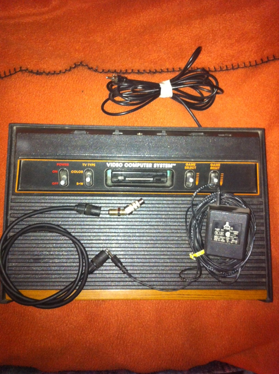 how do you hook up a atari 2600 How do i hook up my atari or sega genesis how do i hook up my atari how to install a sega.
