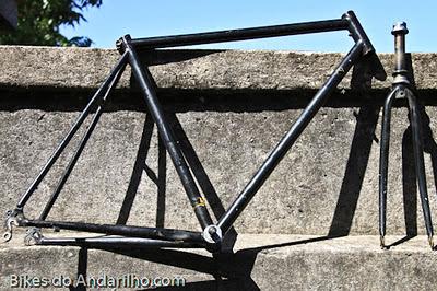 Quadro de bicicleta preto Giant ou Trek