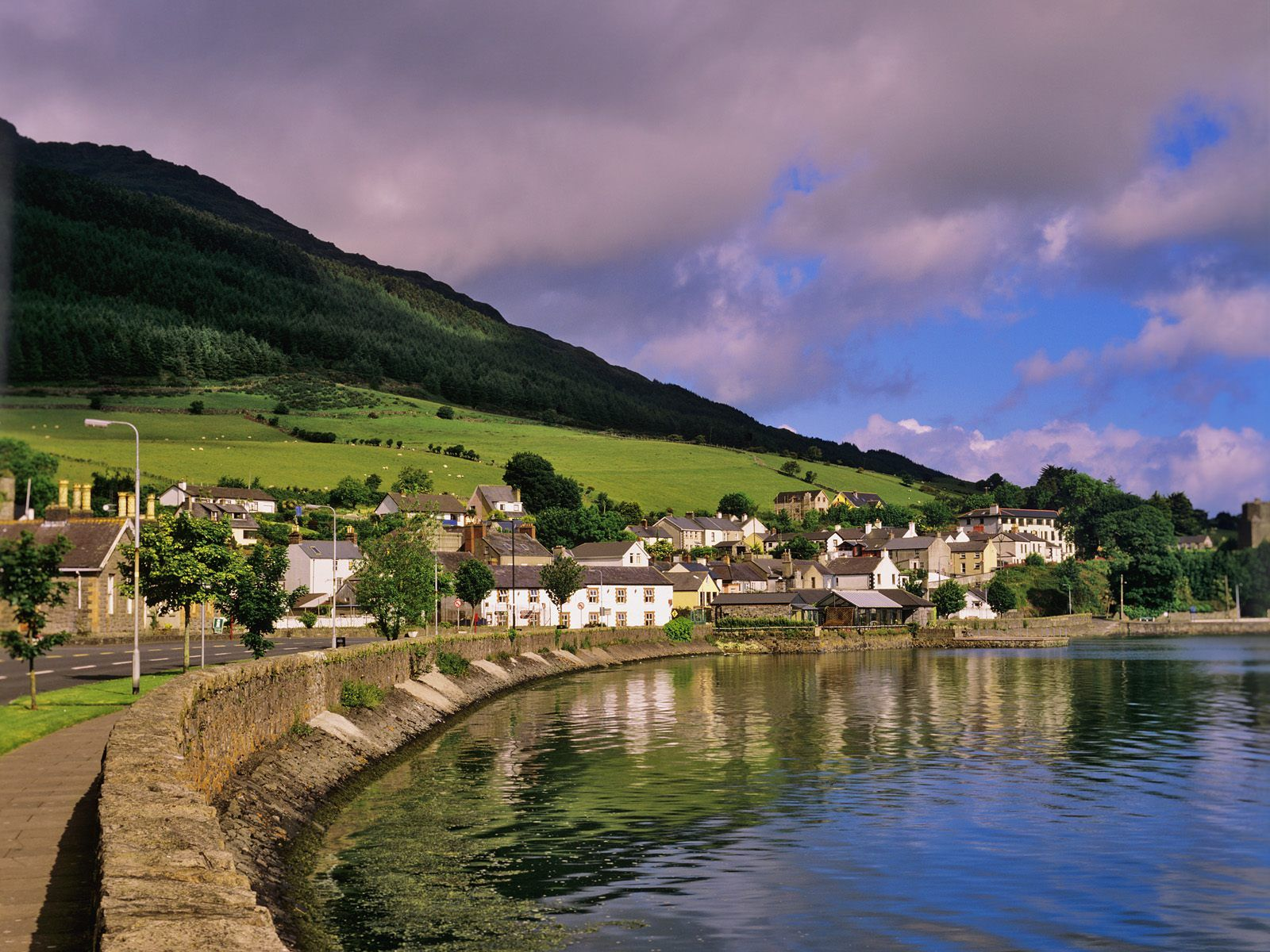 Ireland travel guide and travel info
