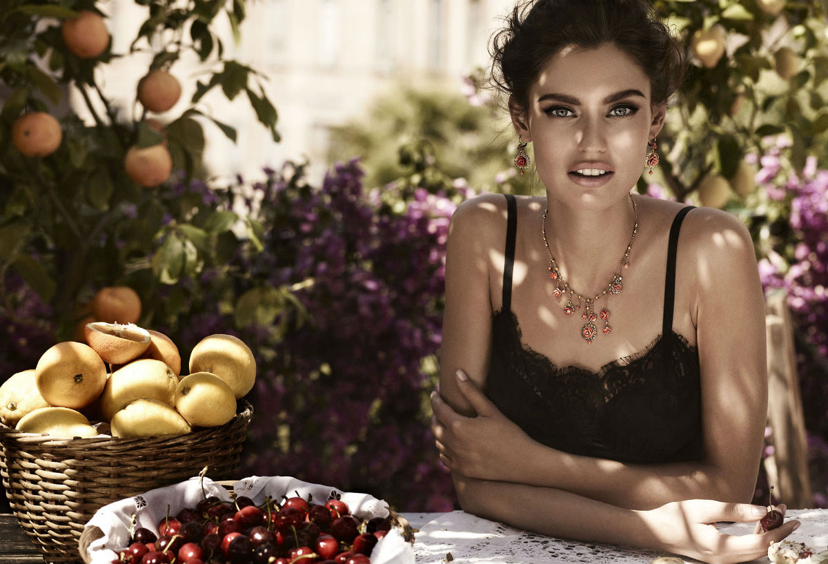 next company models blog bianca balti for dolce gabbana. Black Bedroom Furniture Sets. Home Design Ideas