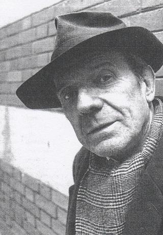 Gilles Deleuze met de altijd onafscheidelijke hoed