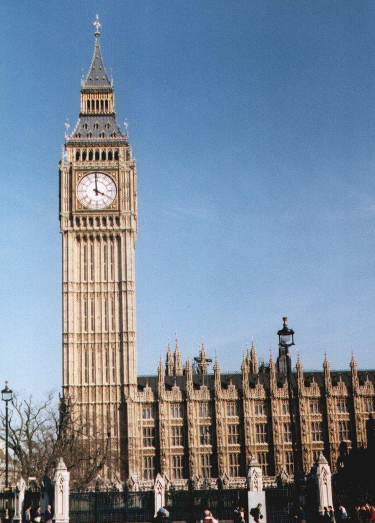 GRANDES PEQUES: MOLI HA ESTADO EN . . . LONDRES !!!!