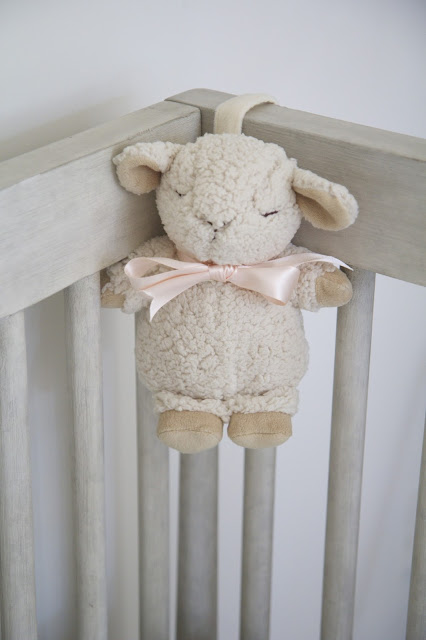 Sleep Sheep on the crib; Baby Tools in the Nest; Nora's Nest