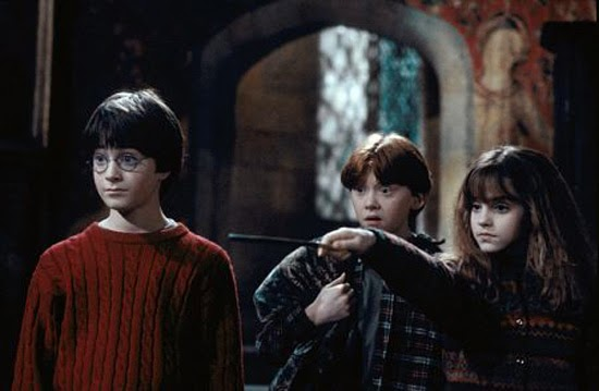 Xem Phim Harry Potter và Hon Da Phu Thuy