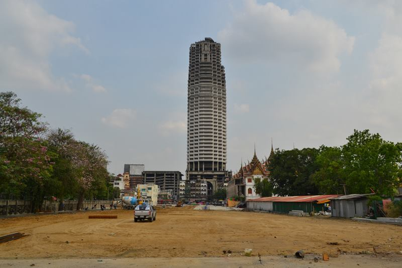 """The Sathorn Unique, A skyscraper of unfinished 49-storey """"ghost tower"""" is a very different kind of attraction of Bangkok."""