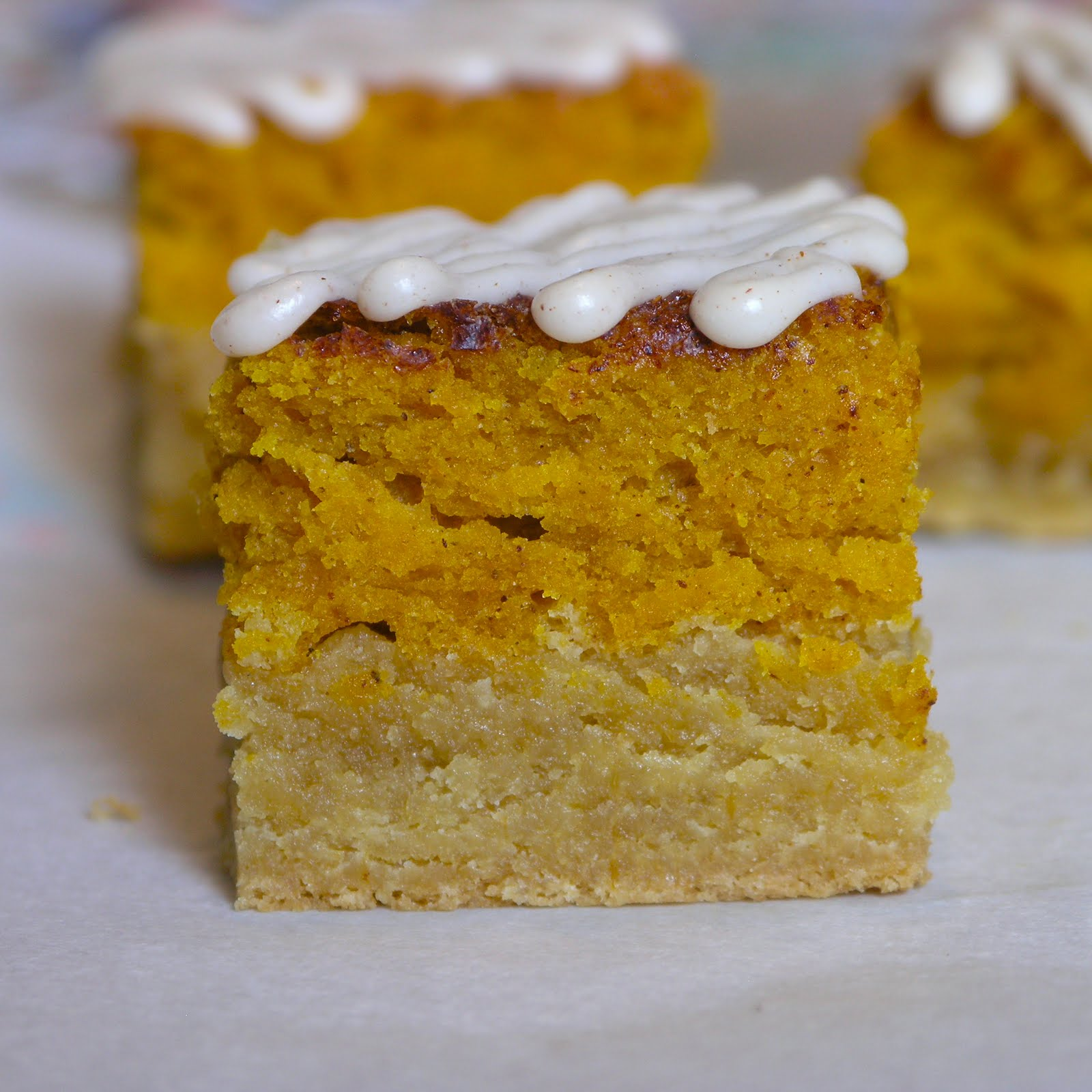Pumpkin Pie Snickerdoodle Bars with Cinnamon Cream Cheese Frosting ...