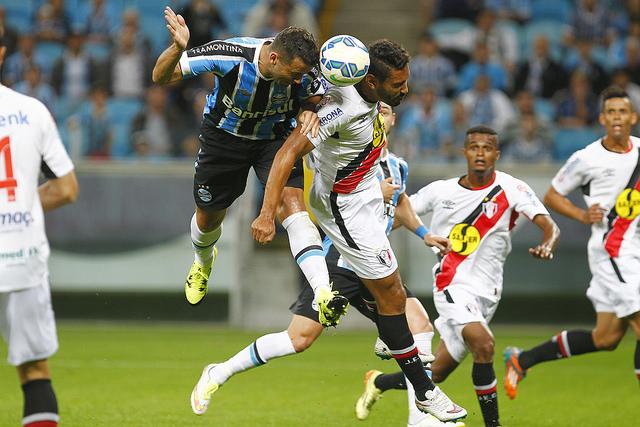 Joinville teve início surpreendente, mas acabou levando a virada (Foto: Lucas Uebel/Grêmio FBPA)