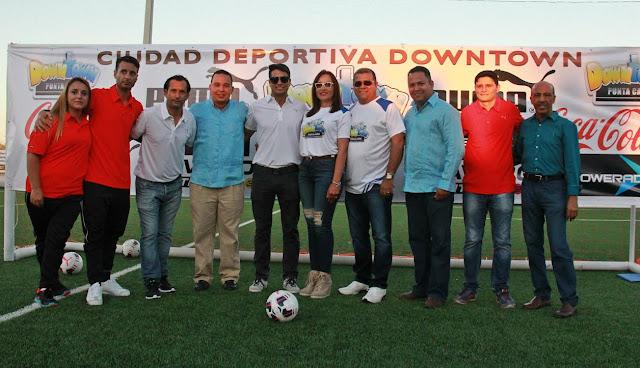 Inauguración de la ciudad deportiva y presentación de DownTown Soccer Academy. Fue un éxito con un masiva participan de público