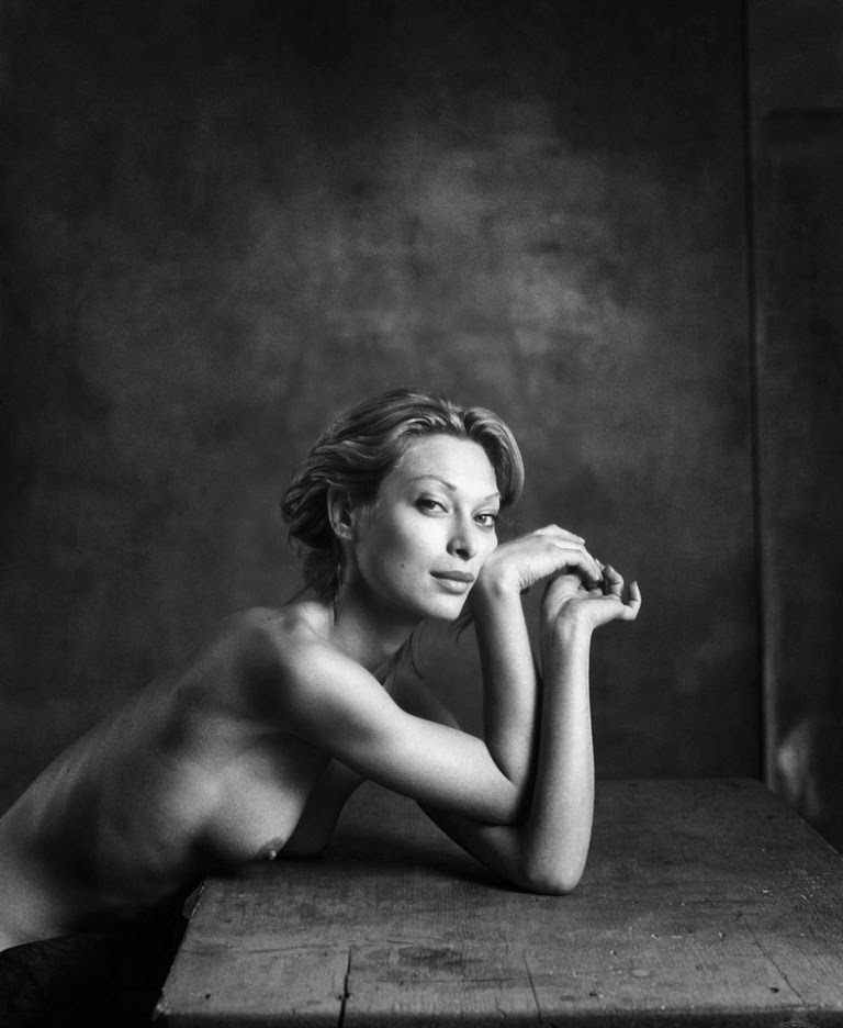 feminidad-en-blanco-y-negro-fotos-artisticas