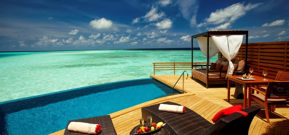 Passion for luxury top 10 most romantic hotels in the world for Most luxurious beach resorts in the world