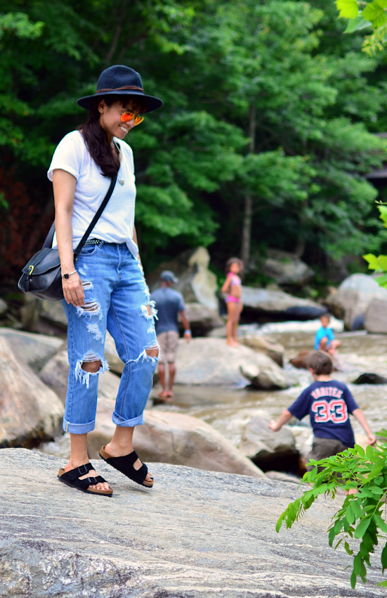 Birkenstocks with boyfriend jeans